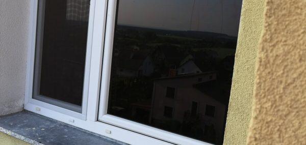 okno przyciemnianie-1